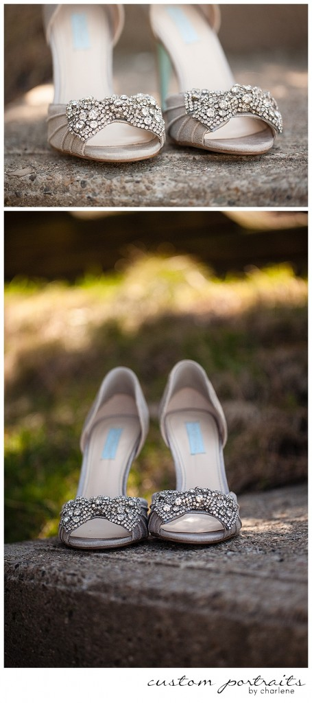 bridal prep photos shoes details wedding shoes pittsburgh wedding photographer (3)